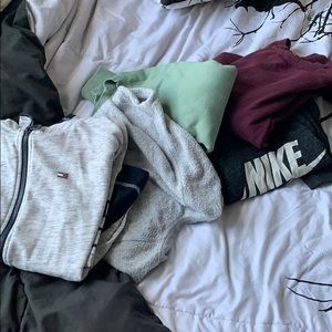 Crewneck, sweatshirt & zip up bundle